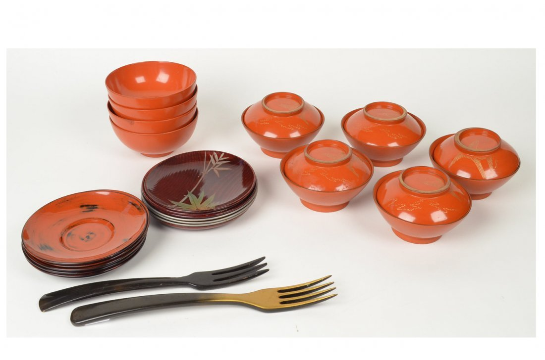 18: Lacquered Maki-e Rice Soup Bowls & Plates