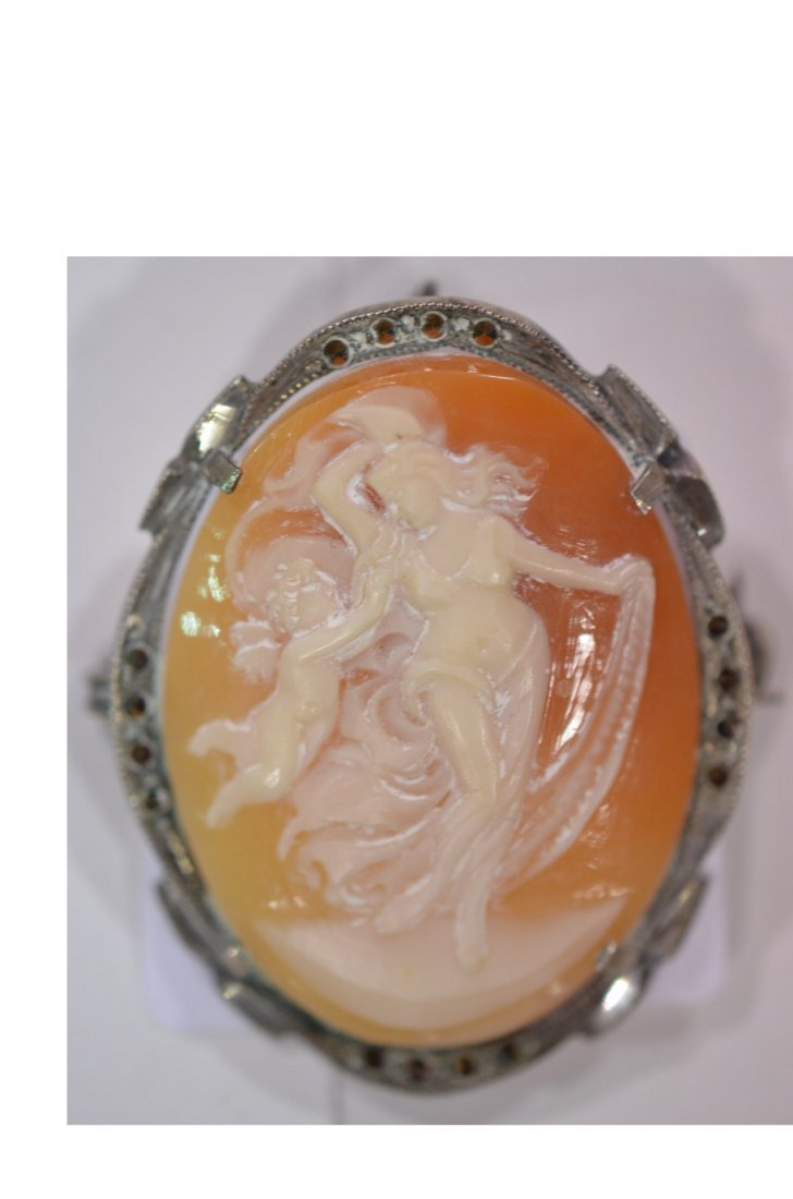 17: Woman & Cupid Cameo Pin