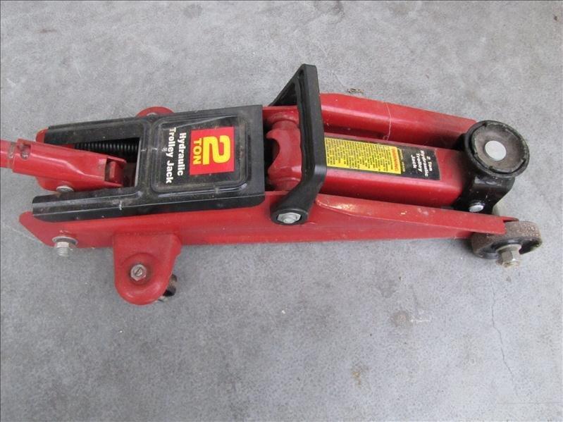 24: 2 Ton Hydraulic Trolley Floor Jack