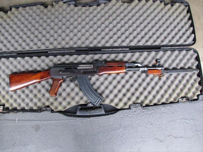 60L: AK47/S Assault Rifle