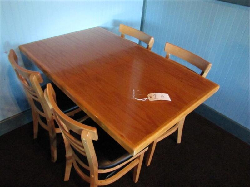 1A: Wood Top Restaurant Table w/ 4 Chairs