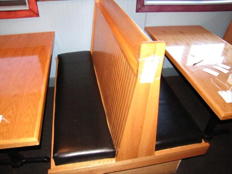 4I: Back To Back Booth Seating