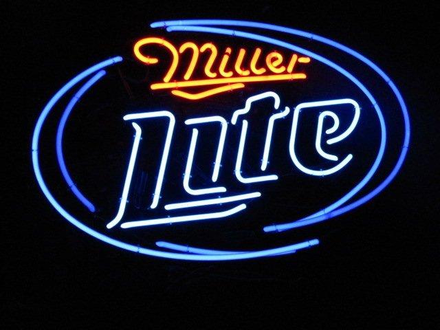 63 miller lite beer neon bar sign lot 63. Black Bedroom Furniture Sets. Home Design Ideas
