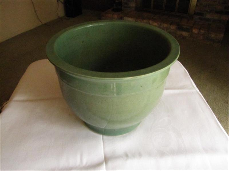 7: Green Pottery Planter