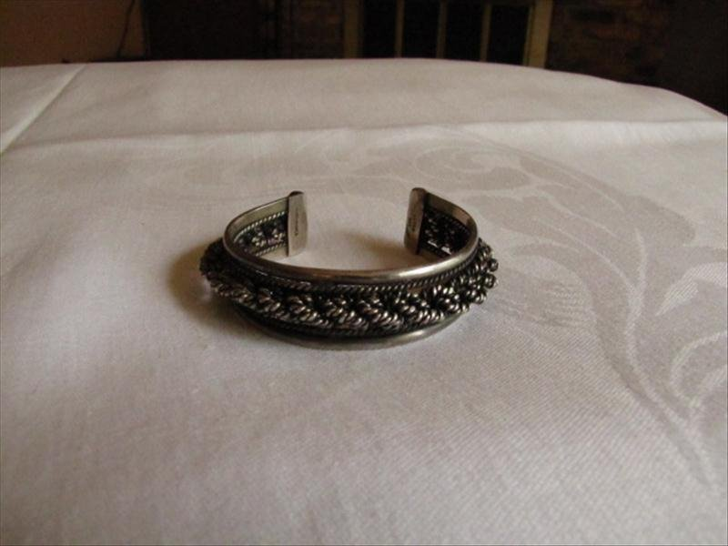 15: Mexican Sterling Silver Bracelet