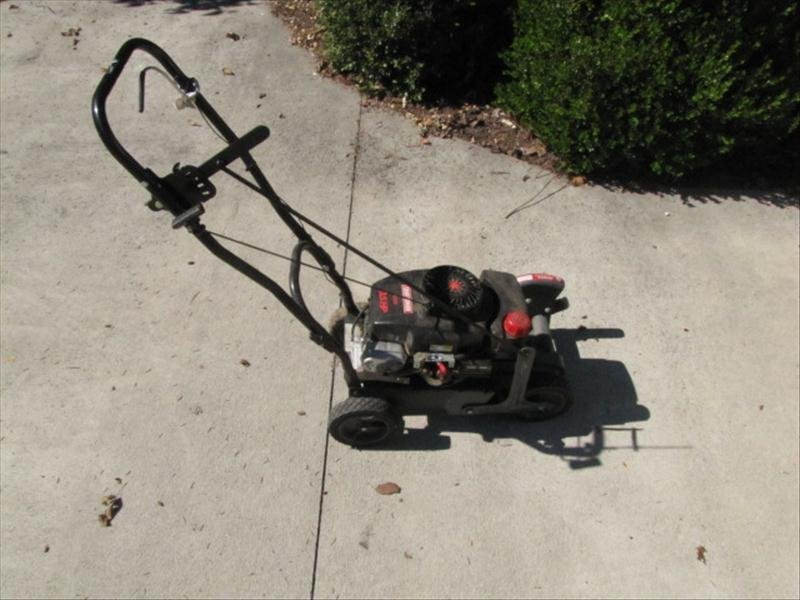 68: Craftsman 3.5HP Edger