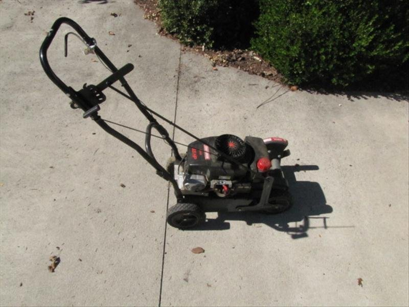 68: Craftsman 3.5HP Edger - 2