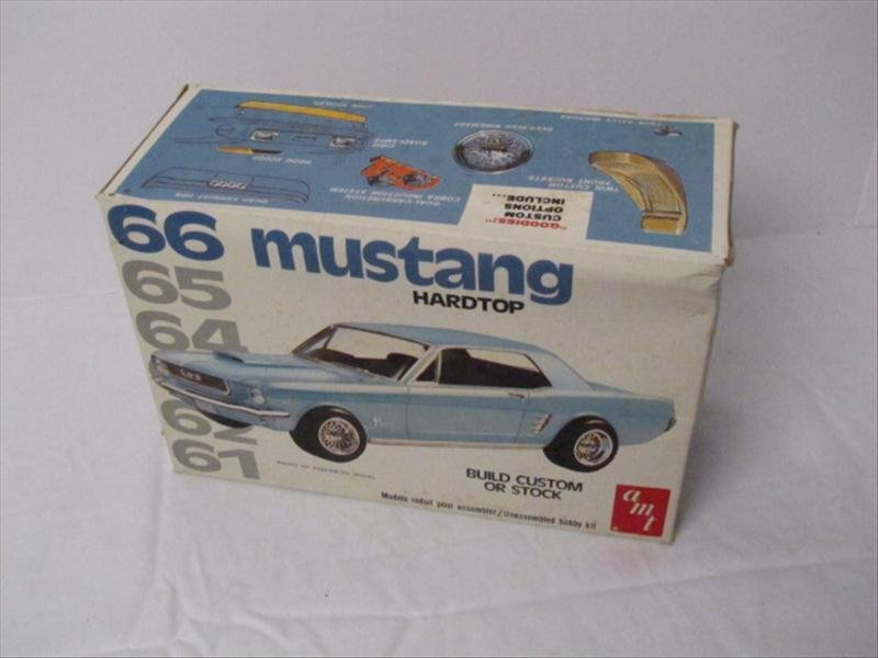 9: AMT 1966 Ford Mustang Model