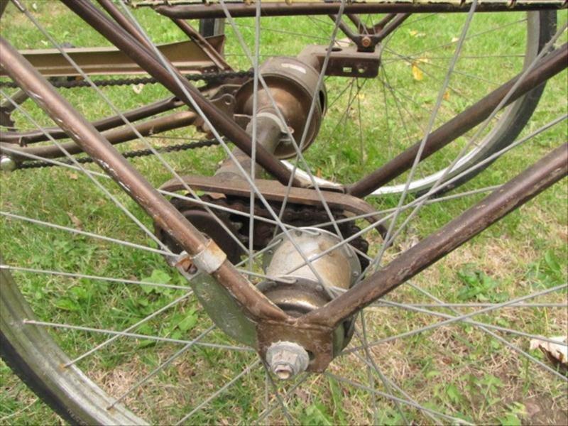 53: Vintage Schwinn Tricycle - 4