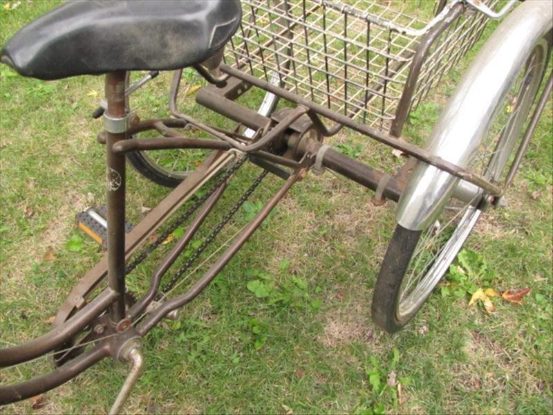 53: Vintage Schwinn Tricycle - 5