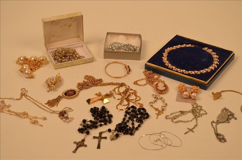 22: Assorted Costume Jewelry