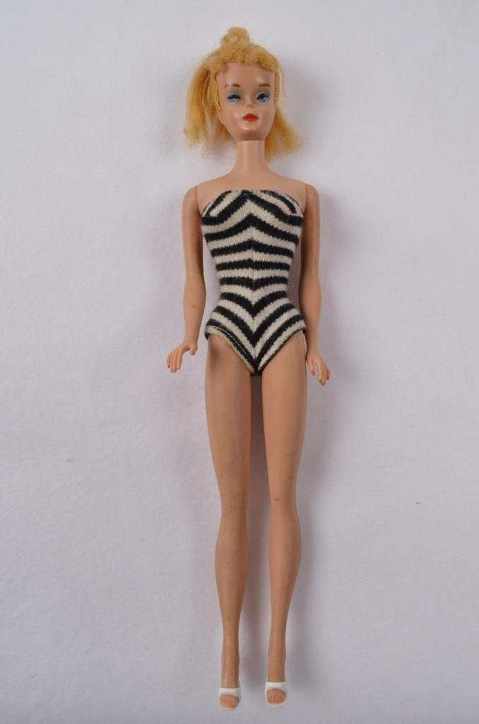 1962 Midge Barbie Doll w/ Original Bathing Suit