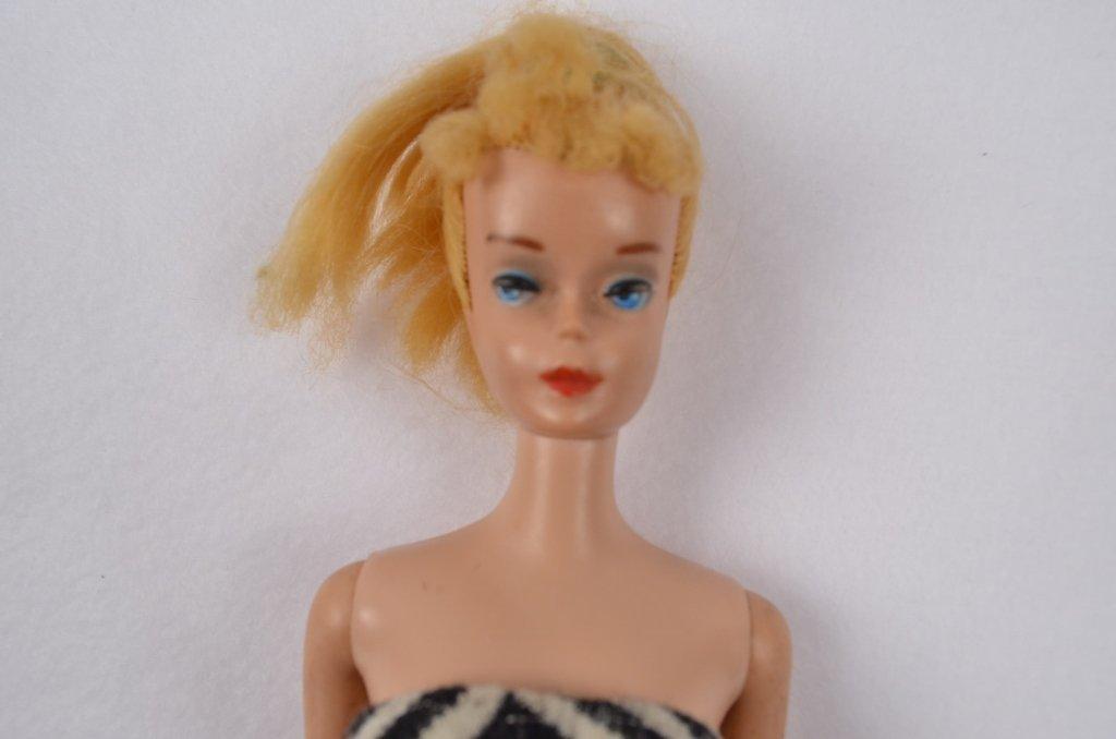 1962 Midge Barbie Doll w/ Original Bathing Suit - 3