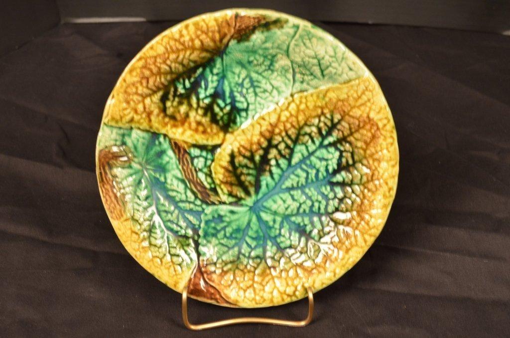 Majolica Begonia Leaf Pattern Plate