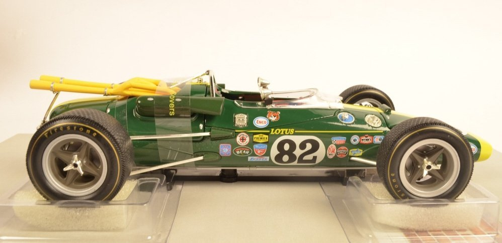 Carousel #82 Jim Clark/ Lotus 38 1:18 Die Cast Car