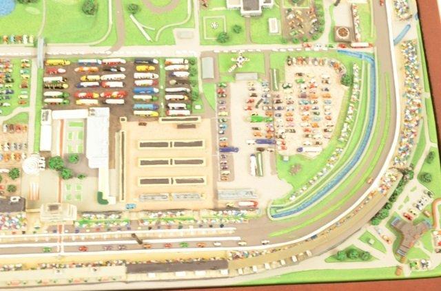Danbury Mint Indianapolis Motor Speedway Replica - 4