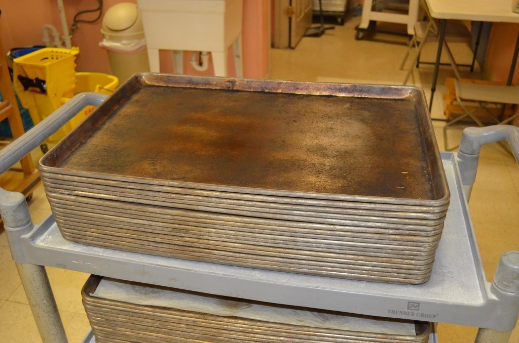 (59) Commercial Grade Baking Sheets & Rolling Cart