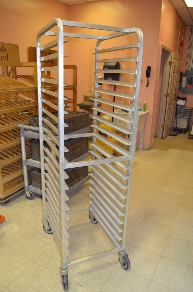 20 Straight Board Bakery Pan Cooling Cart