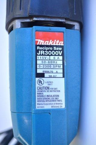 *Makita JR 3000 Reciprocating Saw - 2