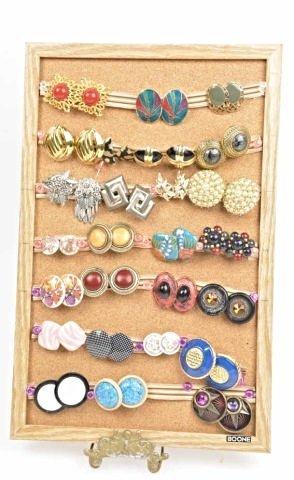 Assorted Lot Of Ladies Earrings/Jewelry