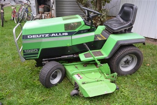 1920 Deutz Allis 20 Hp Riding Lawn Mower