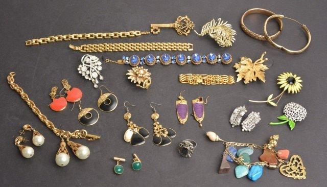 Ladies Vintage Costume & Designer Signed Jewelry