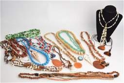 *Large Lot Ladies Vintage & Costume Jewelry
