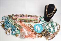 *Nice Lot of Ladies Vintage & Costume Jewelry