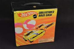 Vintage Hot Wheels Collector's Race Case & 72 Cars
