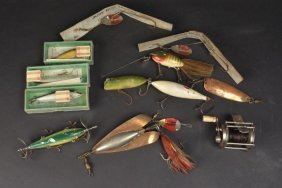 Vintage Sunnybrook Union Reel & Fishing Lures