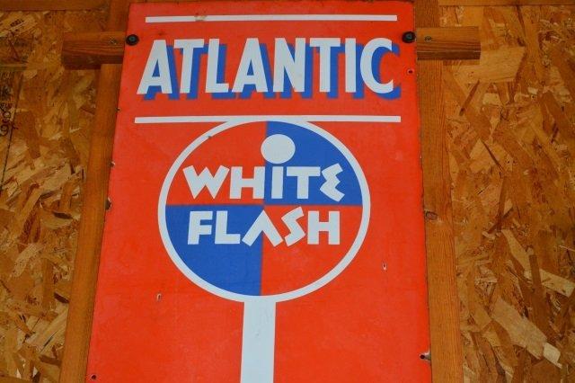 Porcelain Vintage White Flash Gas Advertising Sign