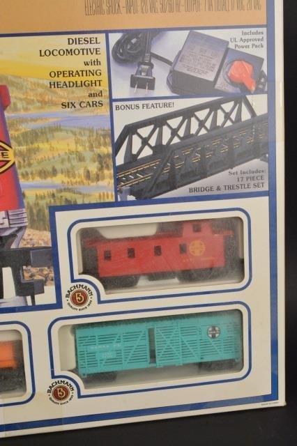 Bachmann Rail Blazer HO Scale Electric Train Set. - 4