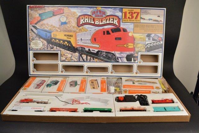 Bachmann Rail Blazer HO Scale Electric Train Set. - 5