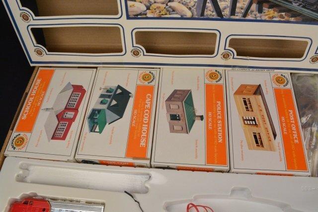 Bachmann Rail Blazer HO Scale Electric Train Set. - 6