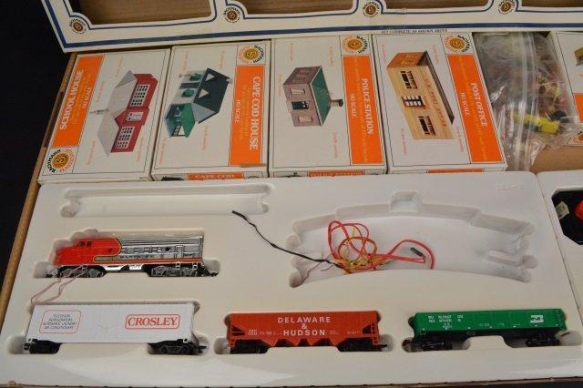 Bachmann Rail Blazer HO Scale Electric Train Set. - 7