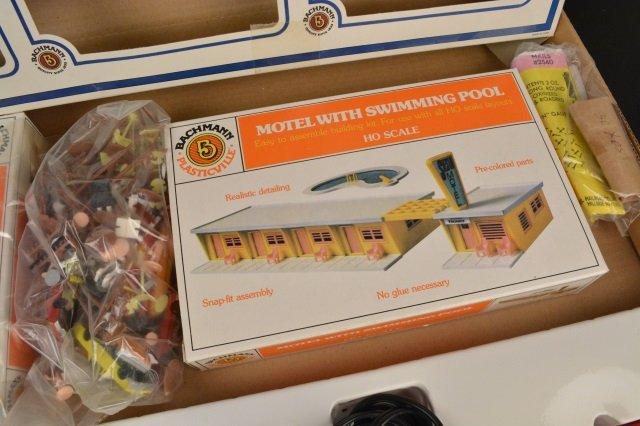 Bachmann Rail Blazer HO Scale Electric Train Set. - 9