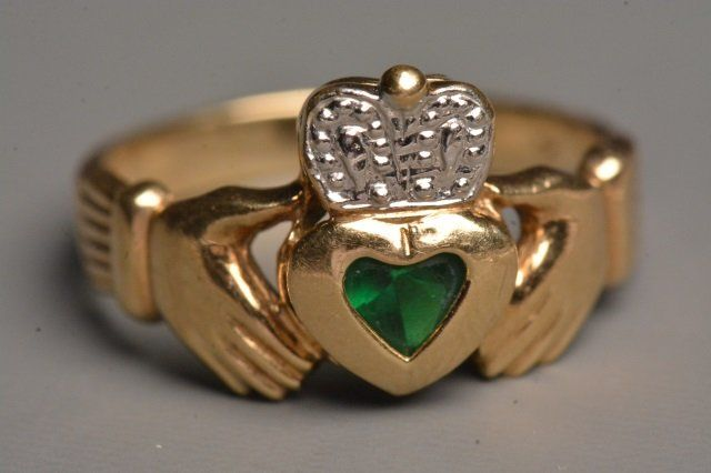 10K Yellow Gold Claddagh Ring W/ Heart Emerald