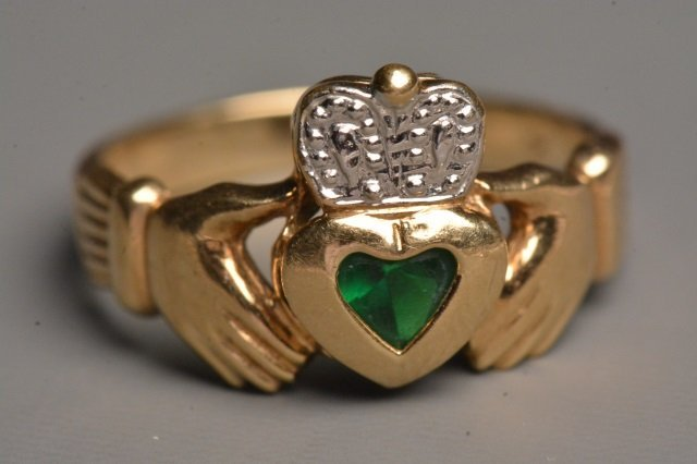 10K Yellow Gold Claddagh Ring W/ Heart Emerald
