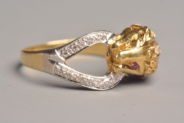 18K Yellow Gold Lion Ring W/ Rubies