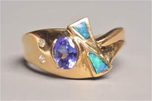 18K Yellow Gold Ring W/ Tanzanite & Diamonds