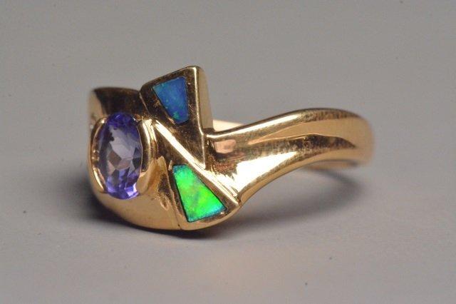 18K Yellow Gold Ring W/ Tanzanite & Diamonds - 4