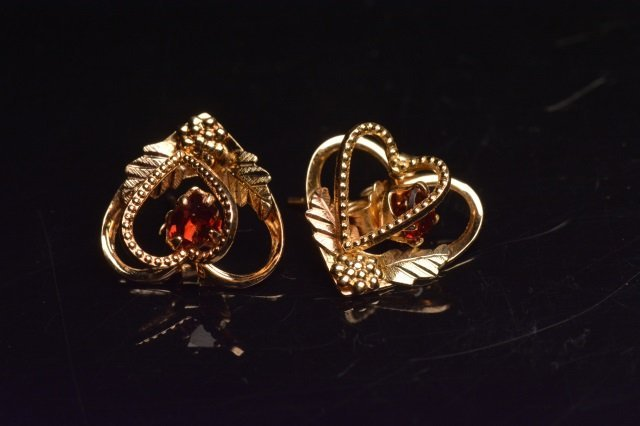 10K Black Hills Gold Earrings Heart Shaped Garnets