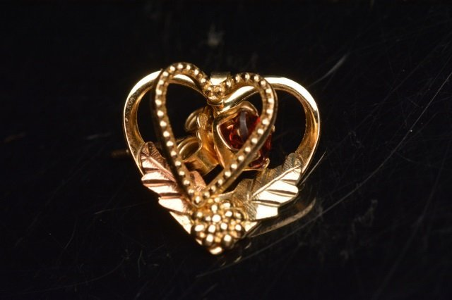 10K Black Hills Gold Earrings Heart Shaped Garnets - 3