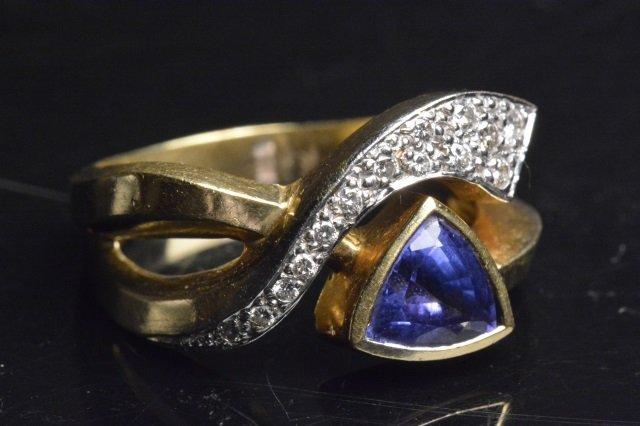 Ladie 18K Yellow Gold Ring