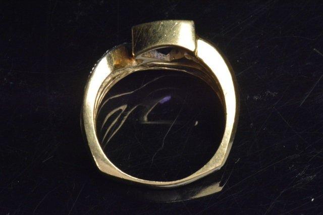 Ladie 18K Yellow Gold Ring - 4