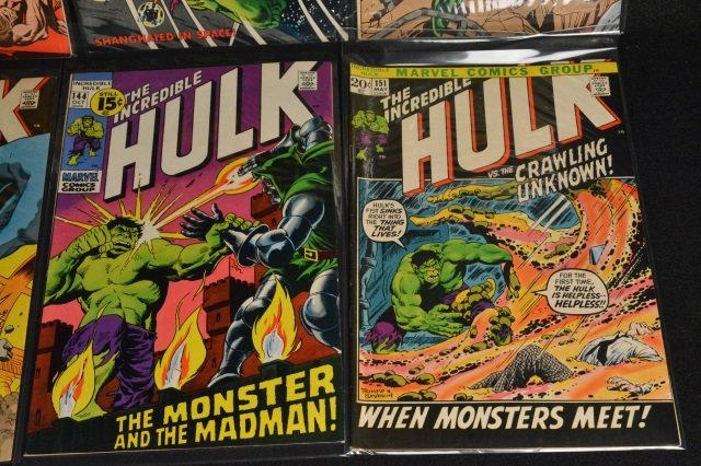 (17) Incredible Hulk Marvel Comic Books - 5