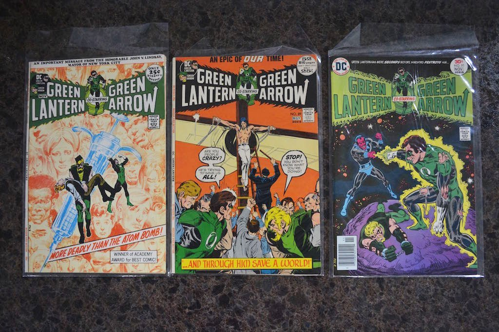 (2) Green Lantern #10 & # 76 DC Comics - 3