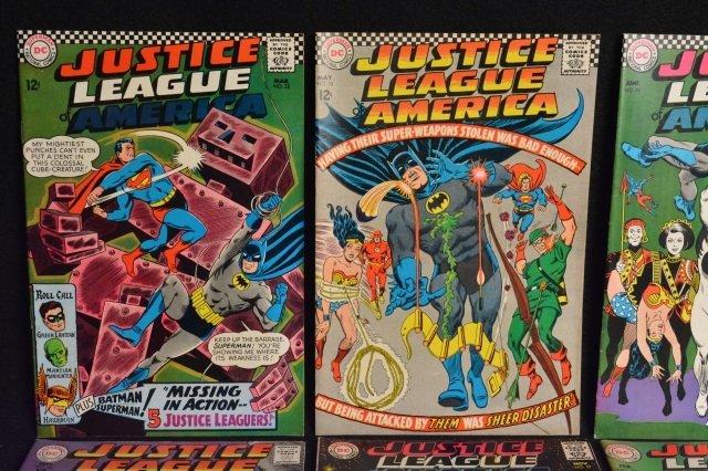 (11) Justice League Of America DC Comics - 2