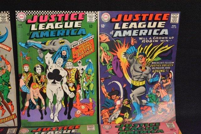 (11) Justice League Of America DC Comics - 3