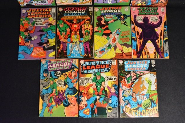 (11) Justice League Of America DC Comics - 4